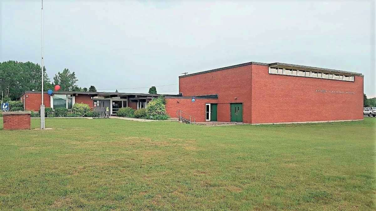 Pleasant Valley Community Center will host an open house, plaque dedication and pickleball tournament during Arcadia Daze. (File Photo)