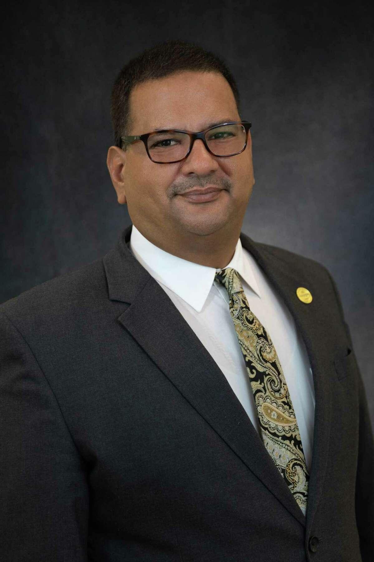 Dr. David Arreazola