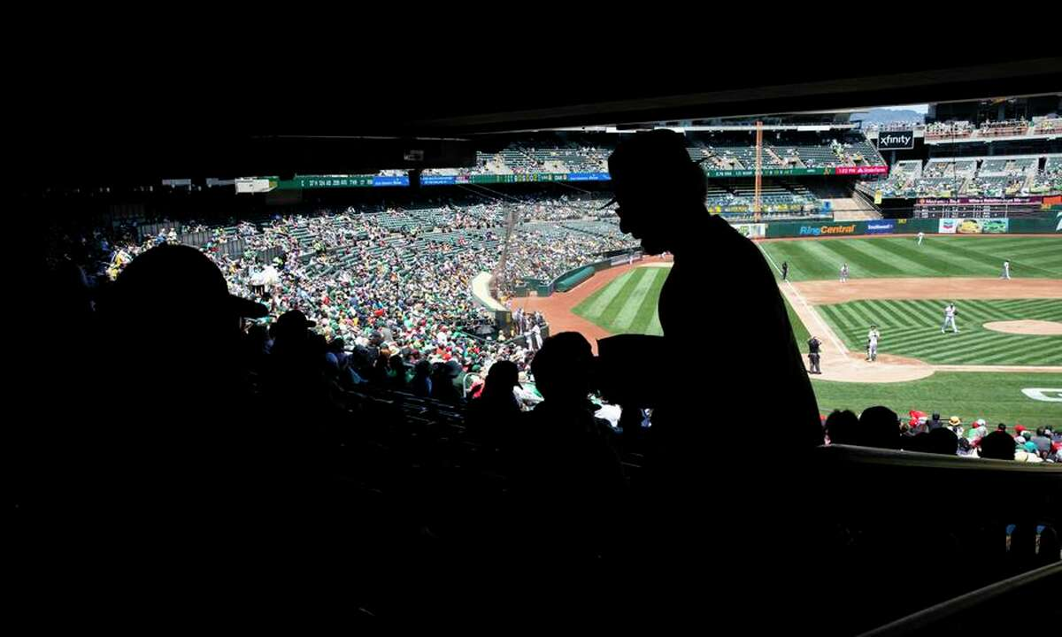 The Oakland City Council voted to approve its own term sheet for a ballpark deal with the A's at Howard Terminal.