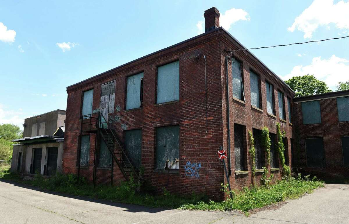 A vacant building at 291 Campbell Avenue in West Haven photographed on May 18, 2021.
