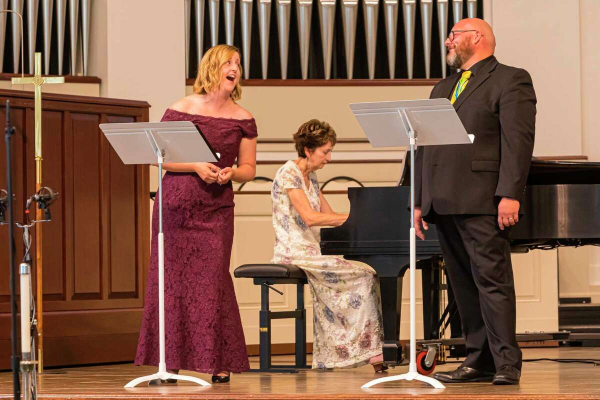"""The second of three concerts in the Memorial Presbyterian Church """"Sundays in Summer"""" concert series featured the husband-wife team of Megan and Dan Farison. (Photo provided)"""