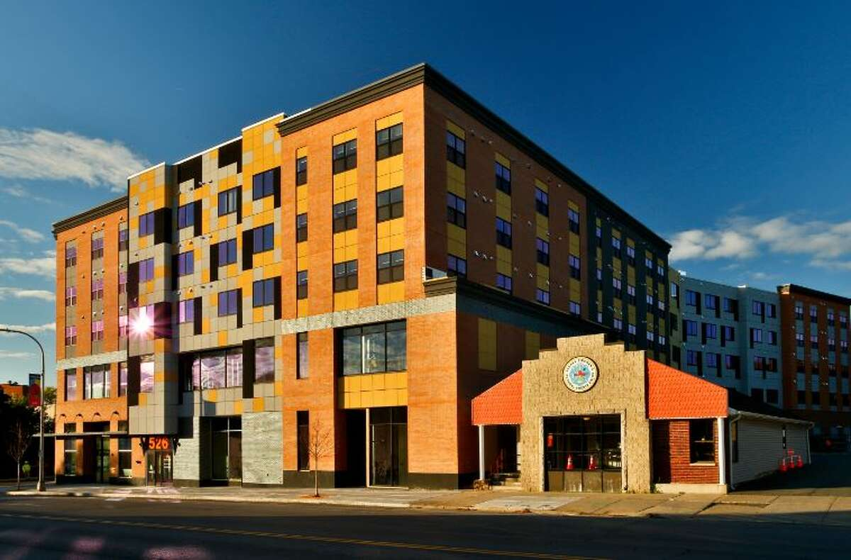 The Swinburne apartment mixed use building on Central Avenue, Albany, is complete.