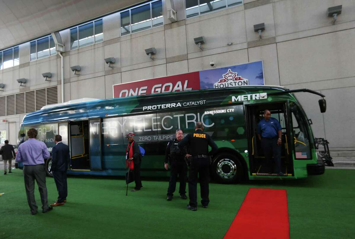 Metropolitan Transit Authority tested a Proterra electric bus, shown on Nov. 29, 2016, in Houston, that could not pass tests related to its ability to simultaneous drive and power the air conditioning during a Houston summer.