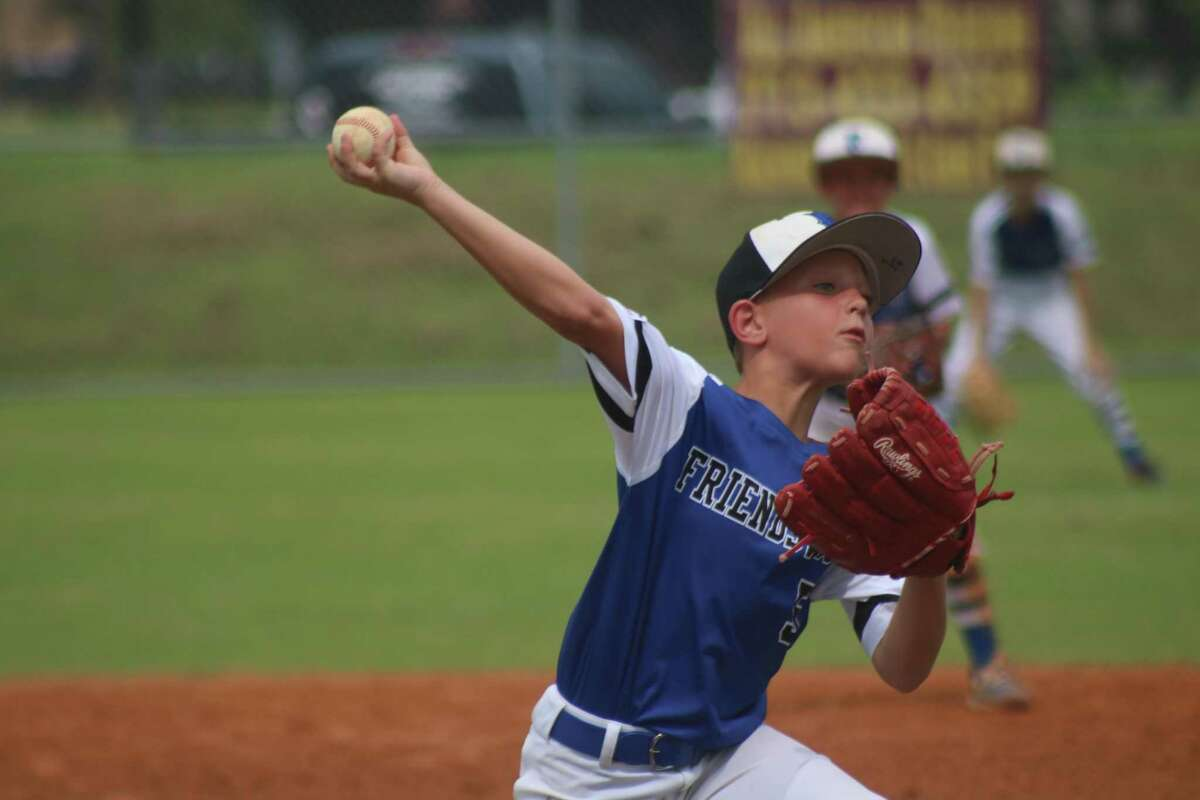 Friendswood starting pitcher Nash Green displays the form that held their Louisiana foes to one run through three innings. Nash and his teammates return to the diamond Thursday morning for an 11 a.m. game