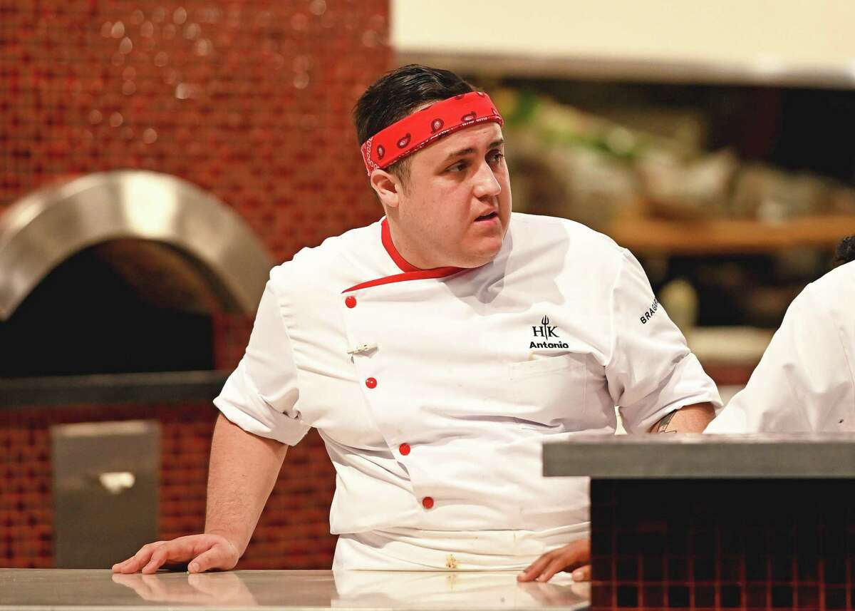 """Contestant Antonio Ruiz competes in """"Hell's Kitchen: Young Guns."""""""