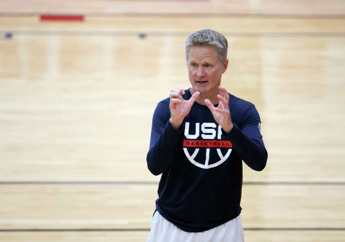 LAS VEGAS, NEVADA - JULY 06: Assistant coach Steve Kerr of the 2021 USA Basketball Men's National Team speaks during a practice at the Mendenhall Center at UNLV as the team gets ready for the Tokyo Olympics on July 6, 2021 in Las Vegas, Nevada. (Photo by Ethan Miller/Getty Images)