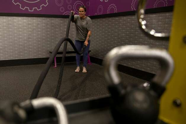 Working out helps Brittany Aguirre stay centered and sober. Photo: Jessica Phelps/San Antonio Express-News / **MANDATORY CREDIT FOR PHOTOG AND SAN ANTONIO EXPRESS-NEWS/NO SALES/MAGS OUT/TV  © 2021 San Antonio Express-News