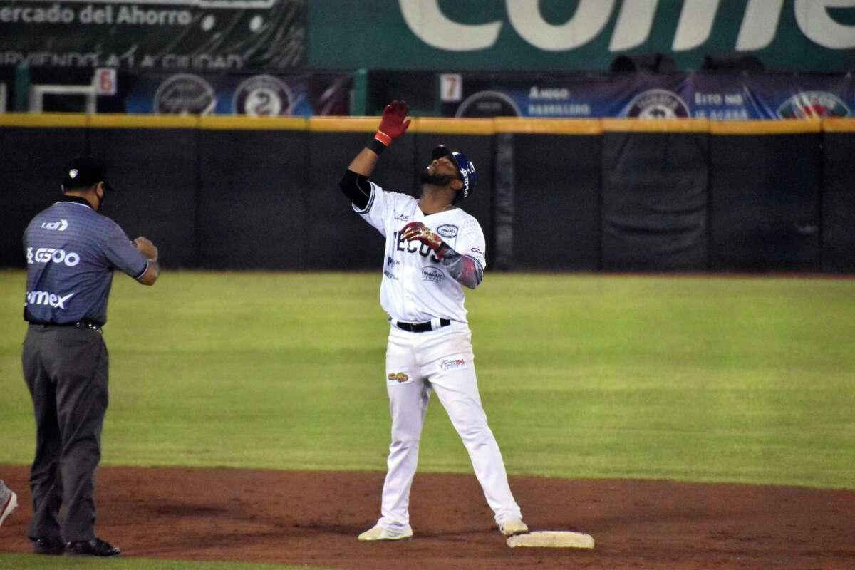 The Tecolotes Dos Laredos defeated the Algodoneros de Union Laguna 4-2 Thursday to end their four-game series 2-2.