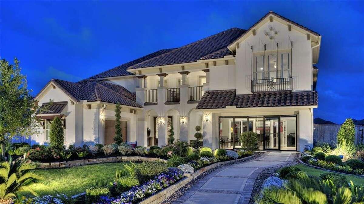 2603 Hollingsworth Pine Lane boasts a beautiful home.