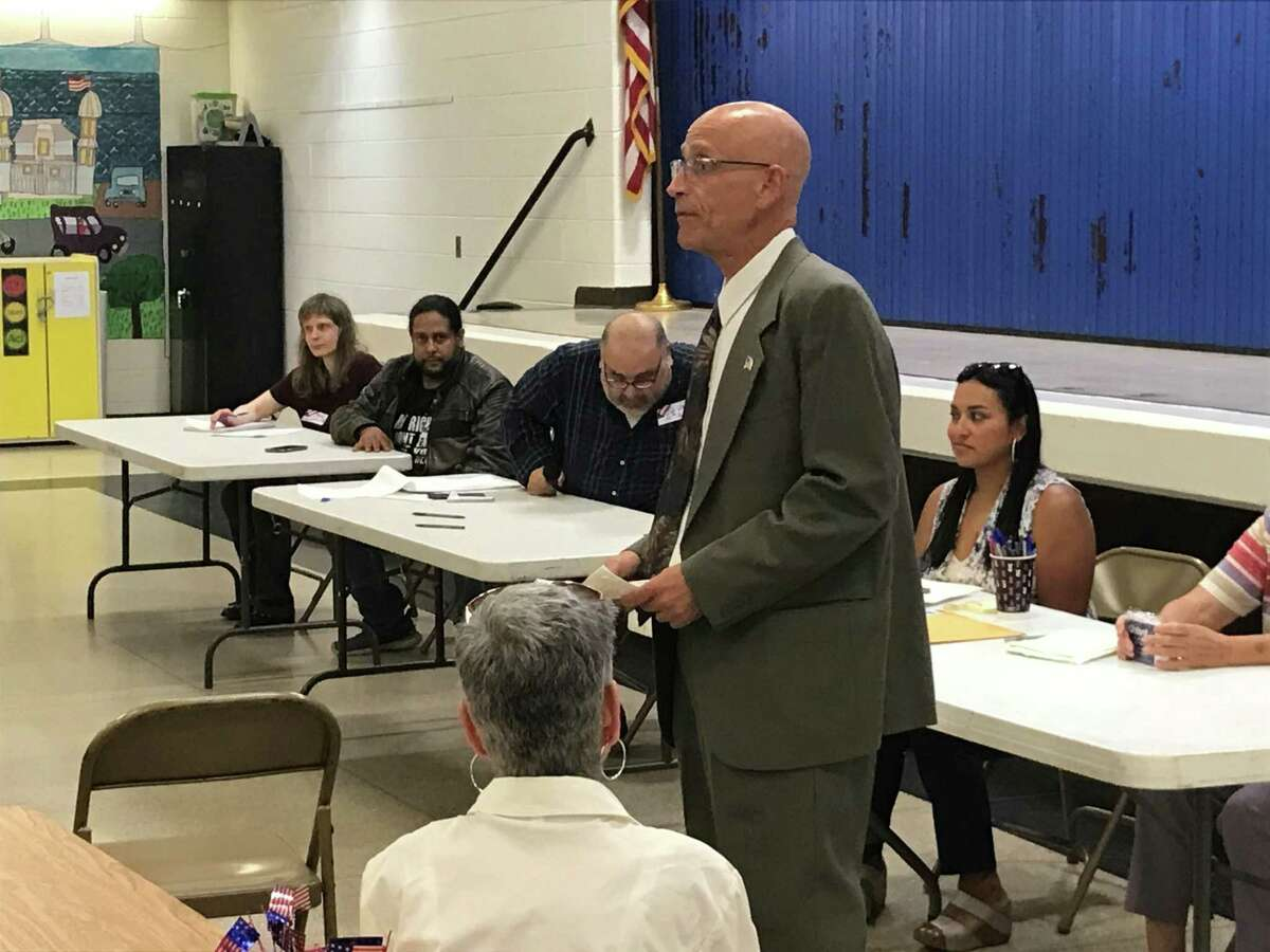 Barry Lee Cohen speaks at the West Haven Republican Town Committee meeting Thursday.