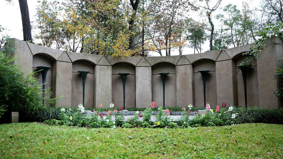 This gravesite of Howard Hughes is one of the most visited plots at Glentwood Cemetery in Houston. The story goes that Hughes hired architect John Staub to come up with a design but his initial plan was too staid. His second attempt, shown here, included figures that look like the Biblical trumpets of Jericho.