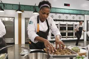 """TOP CHEF -- """"Pan African Portland"""" Episode 1803 -- Pictured: Houston finalist Dawn Burrell."""
