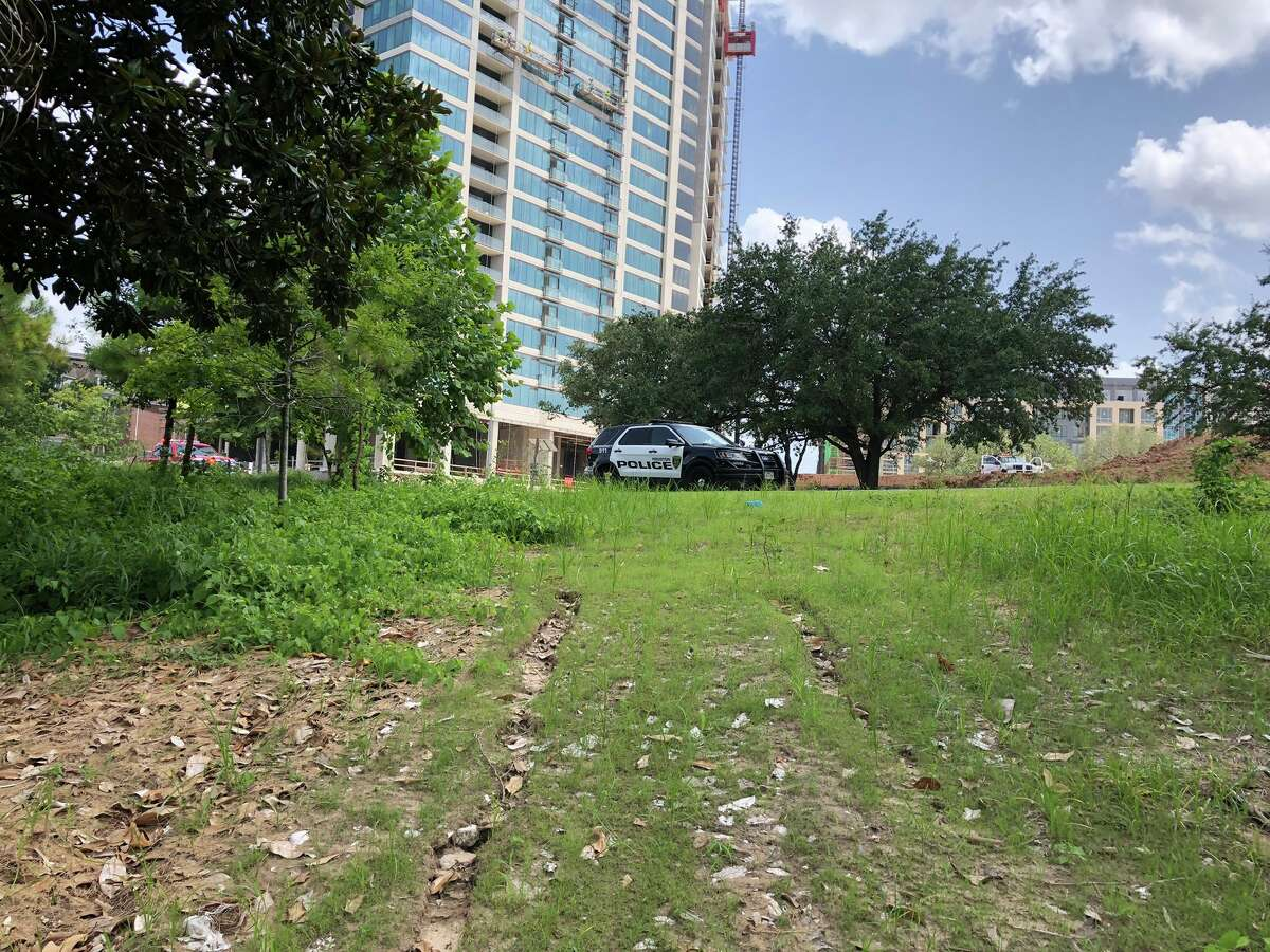 A bicyclist found a body floating in Buffalo Bayou Friday afternoon, according to police.