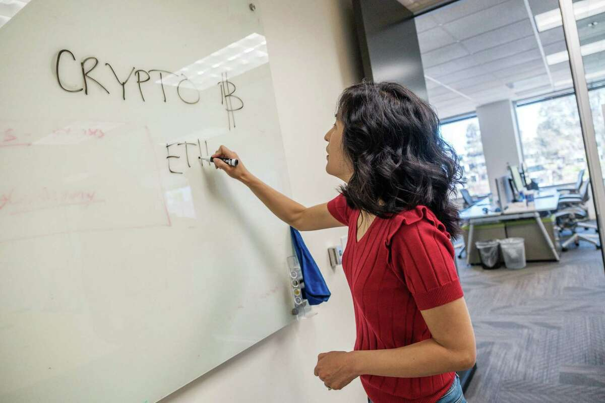 Appdome CEO Karen Hsu acknowledges that the cryptocurrency sector has more than women and says she's developed tactics to help her navigate the male-dominated sphere.