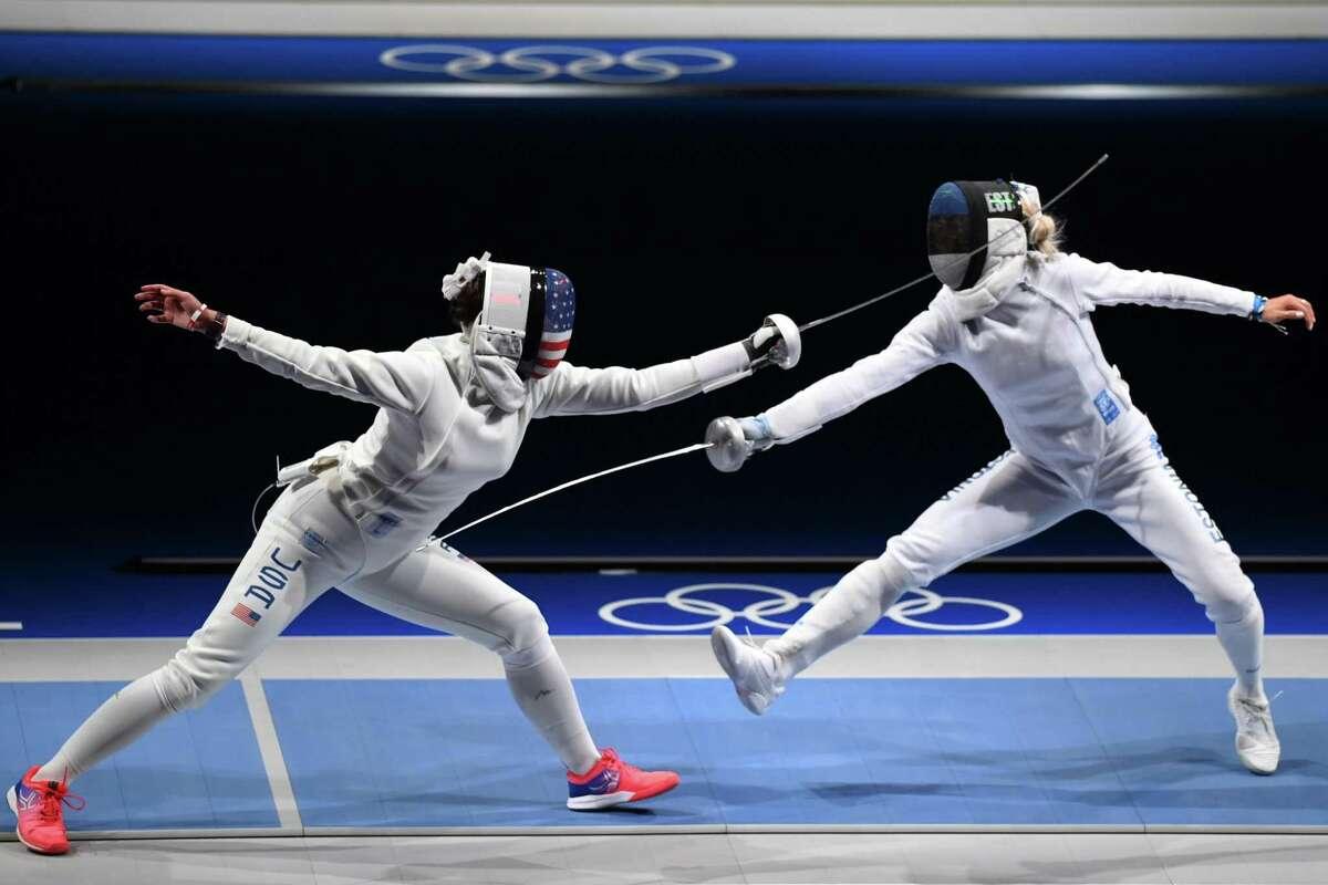Kelley Hurley competes against Erika Kirpu of Team Estonia.
