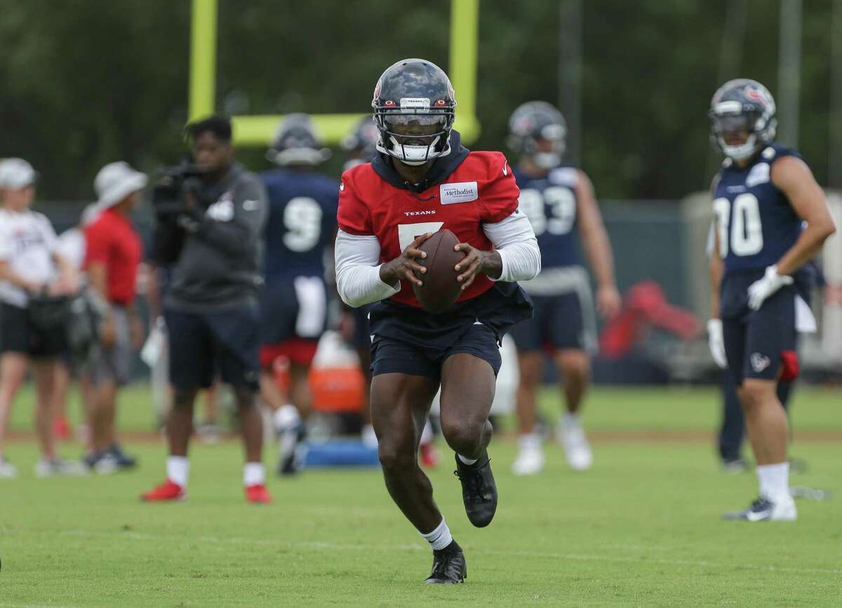 The Texans are ready to get started at camp and focus on Tyrod Taylor at quarterback.