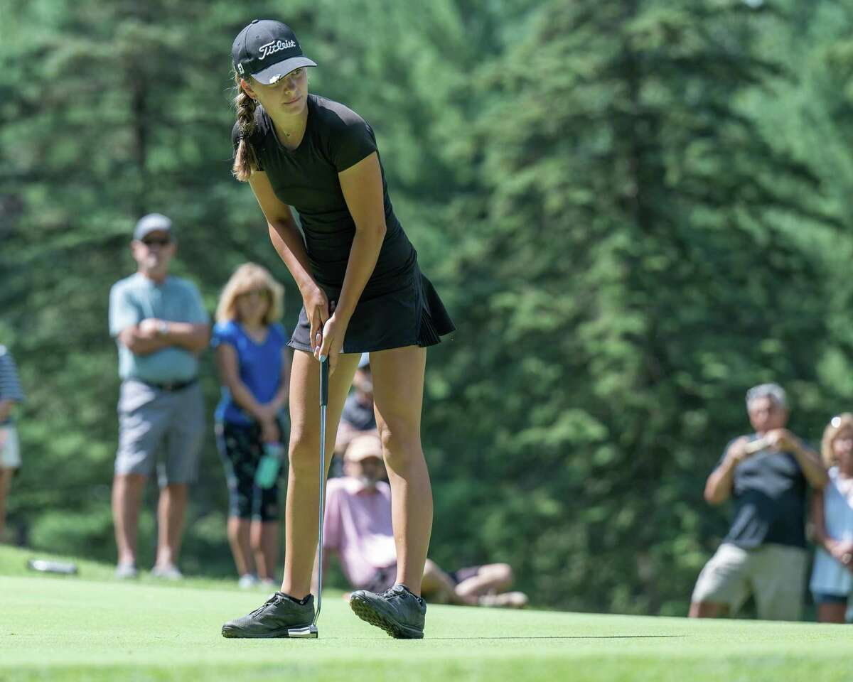Kennedy Swedick knocks in a putt at Pinehaven Country Club in the Symetra Tour's Twin Bridges Championship on July 21, 2021. Swedick was even par overall in two matches in the week from Sept. 6-12 to earn Athlete of the Week honors.