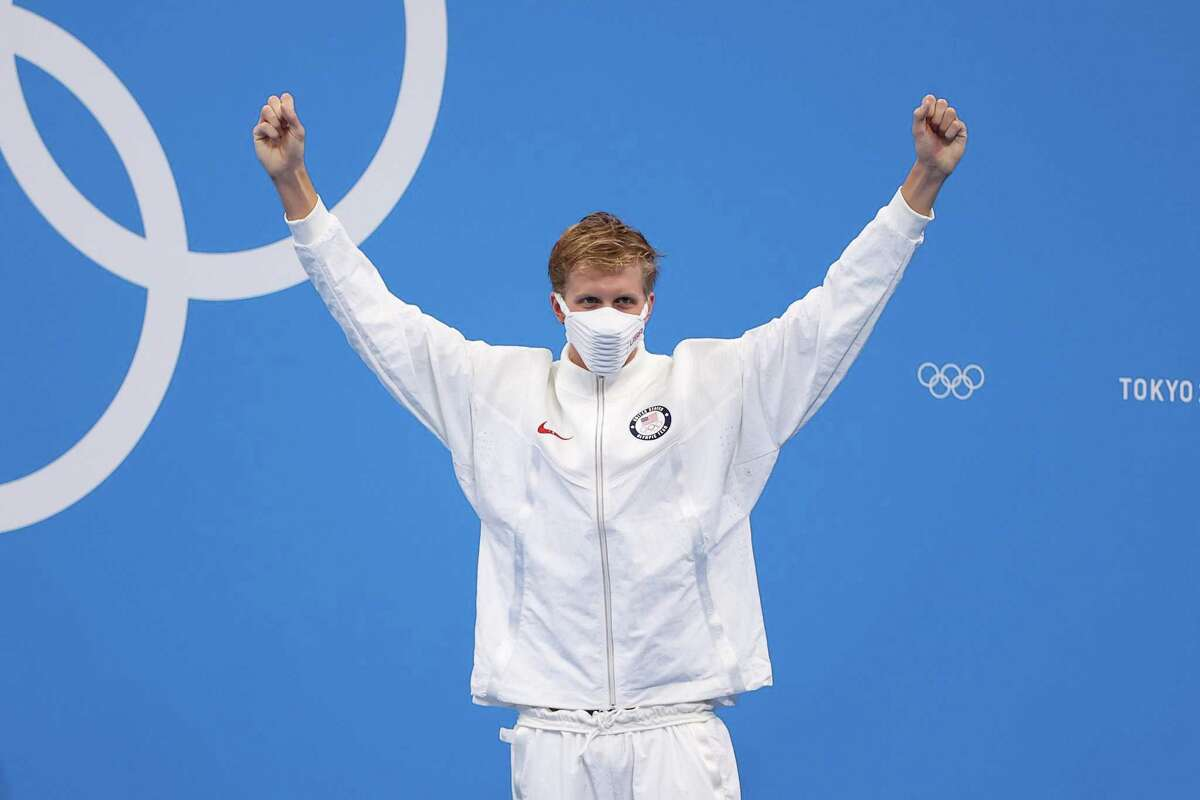 TOKYO, JAPAN - JULY 25: Kieran Smith of Team United States poses after winning the bronze medal in the Men's 400m Freestyle Final on day two of the Tokyo 2020 Olympic Games at Tokyo Aquatics Centre on July 25, 2021 in Tokyo, Japan. (Photo by David Ramos/Getty Images)