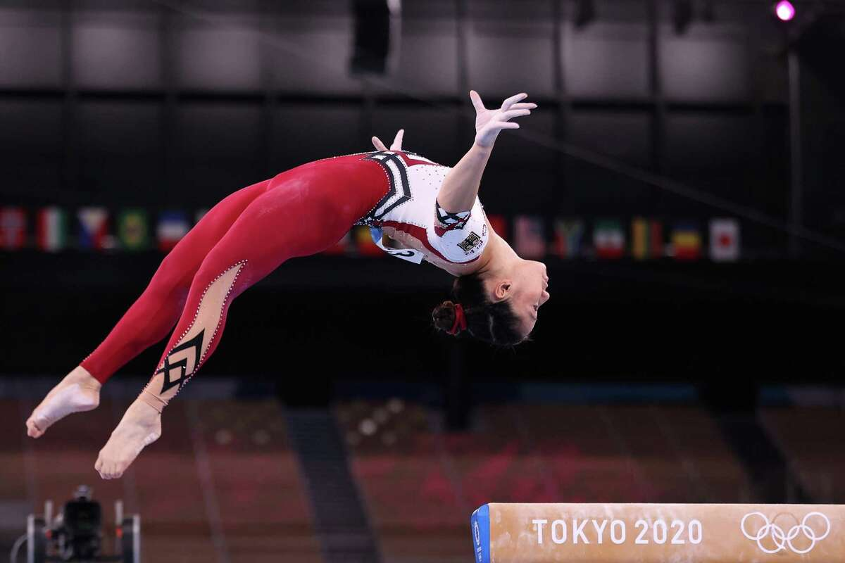 TOKYO, JAPAN - JULY 25: Kim Bui of Team Germany competes on balance beam during Women's Qualification on day two of the Tokyo 2020 Olympic Games at Ariake Gymnastics Centre on July 25, 2021 in Tokyo, Japan. (Photo by Laurence Griffiths/Getty Images)