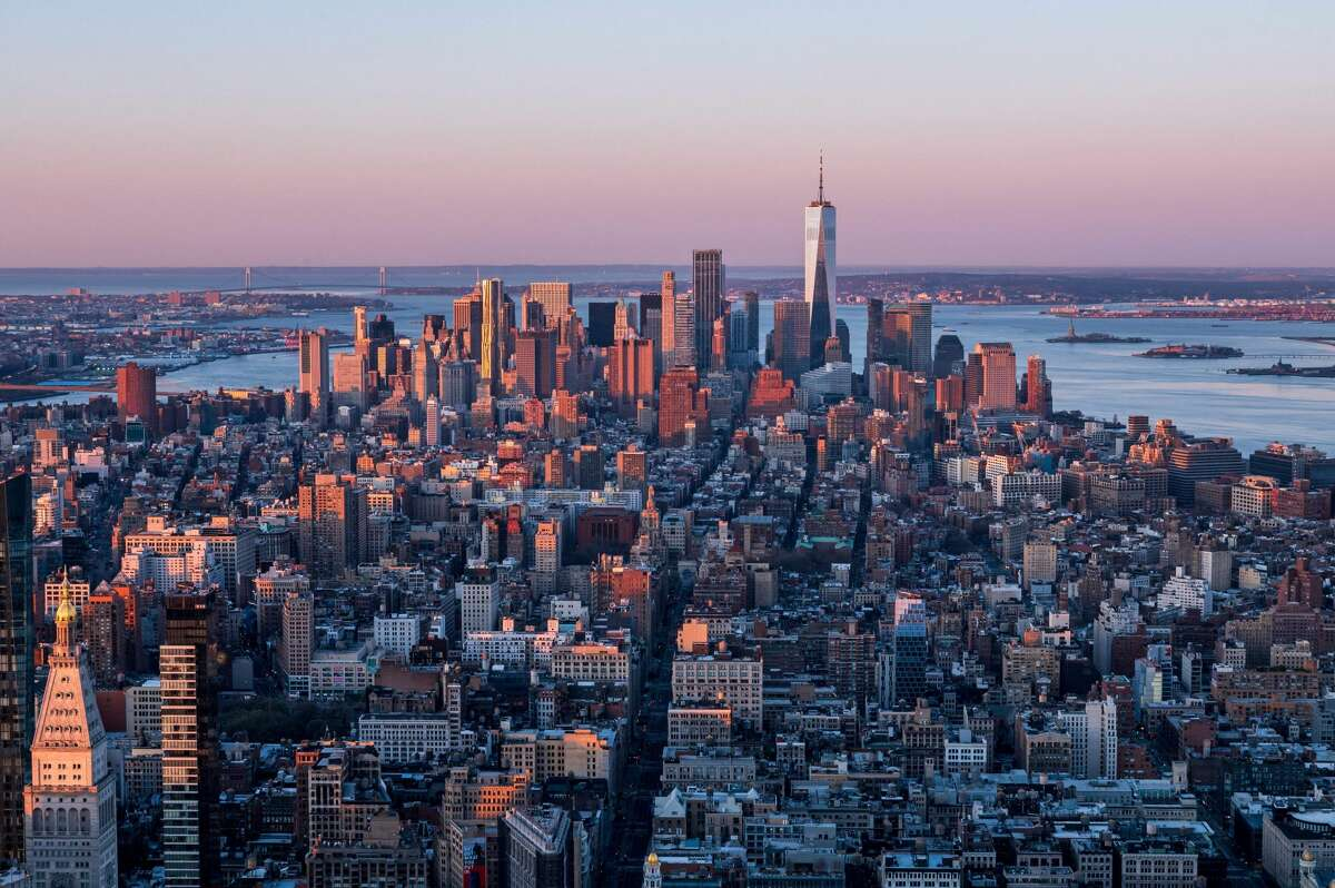 Fly out to New York nonstop this fall for an affordable rate.