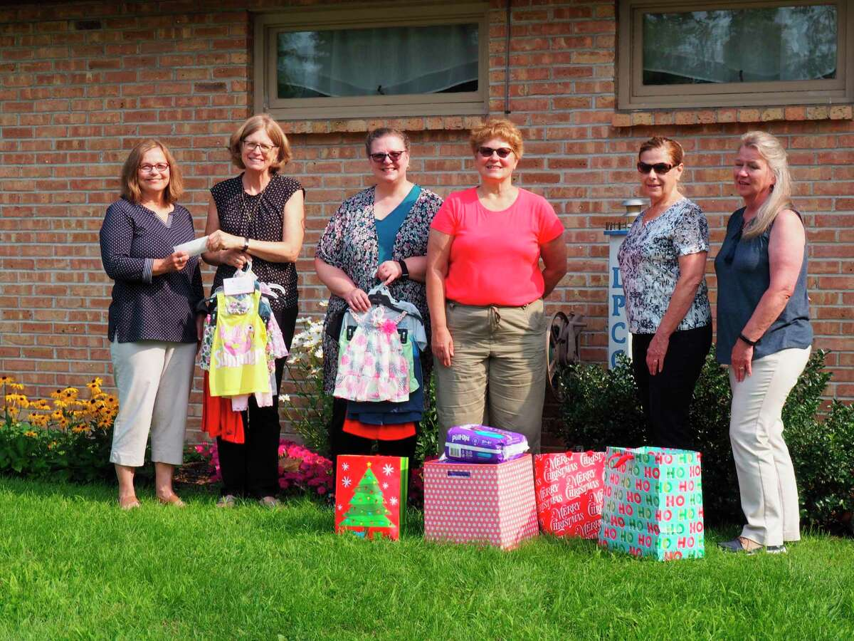Members of the Spirit of the Woods Garden Club, Inc. recently presented donations to staff at the Lighthouse Pregnancy Care Center. Pictured areKris Greve, Sue Johnson, Sherry Curtiss, Beth Markowski, Barb Hadley and Kathy Johnson. (Courtesy photo)
