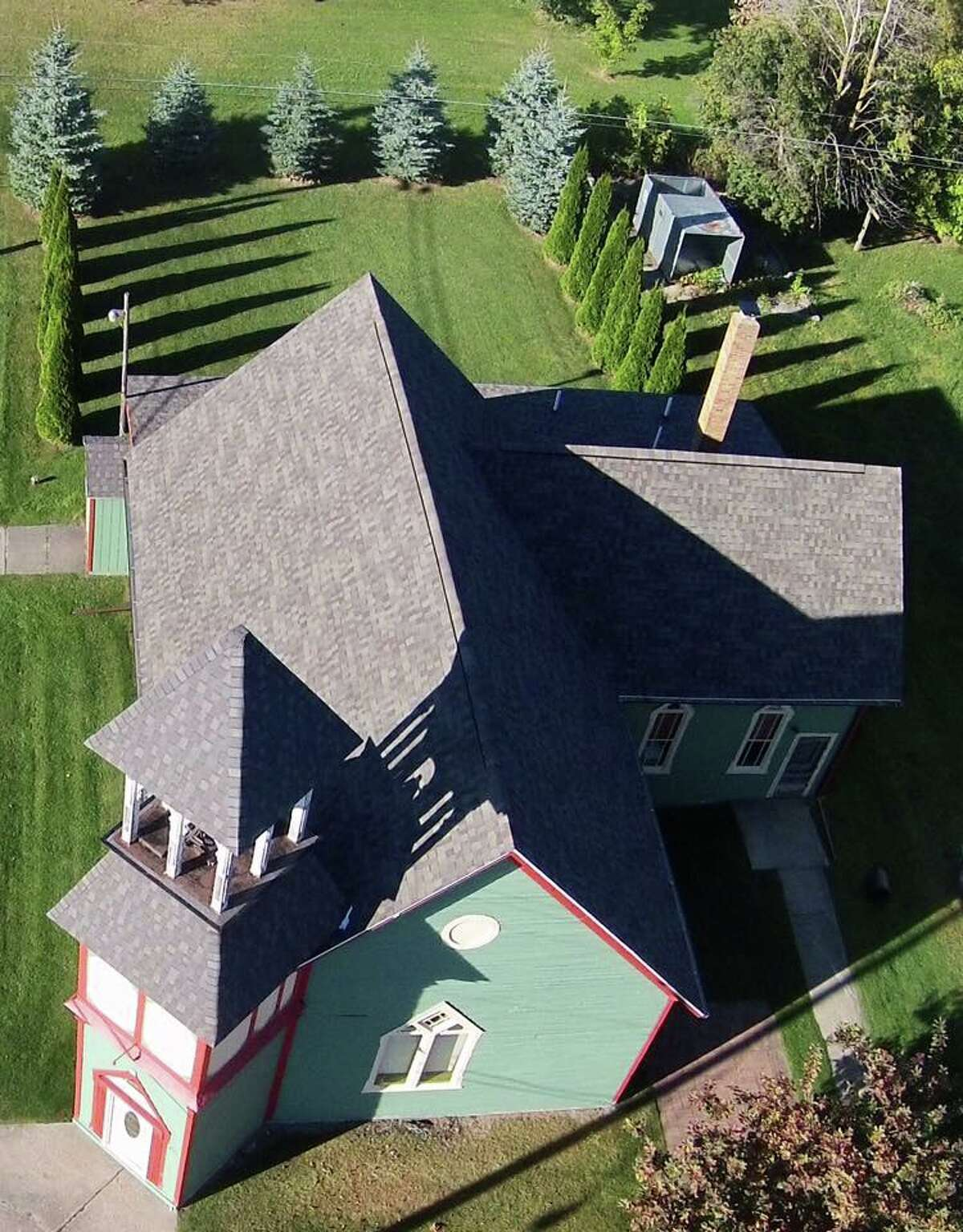 An aerial view of The Kinde Chapel Airbnb.