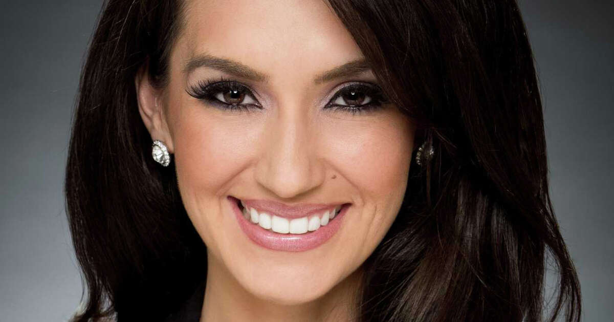 In Facebook post on Tuesday, Isis Romero announced her departure from KSAT after more than a decade with the San Antonio TV station.