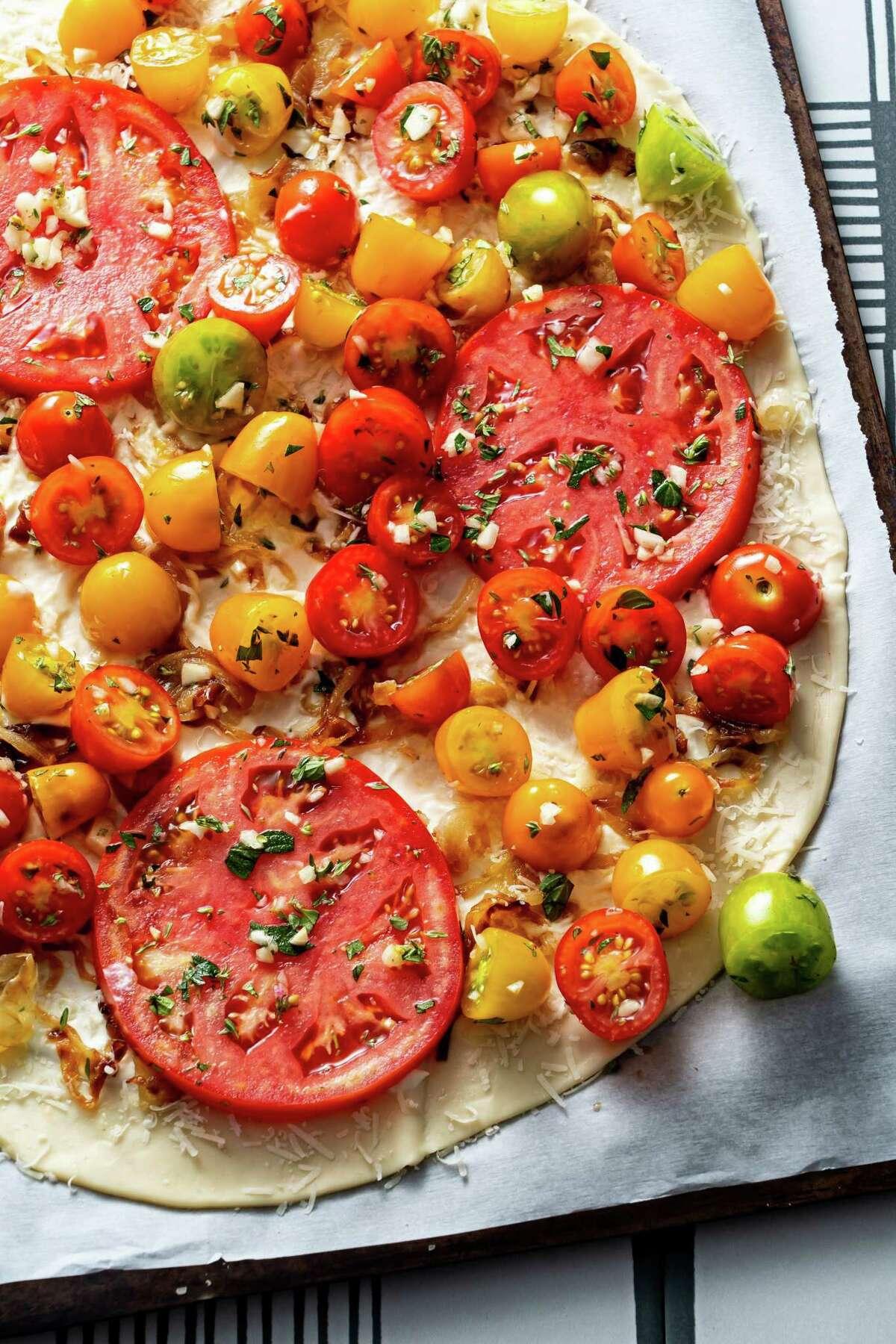 Big Little Summer Tomato Pizza.