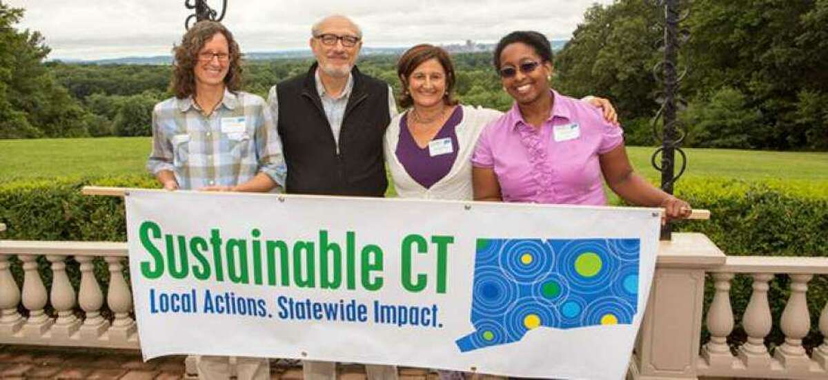 Sustainable CT was developed under the leadership of the Institute for Sustainable Energy at Eastern Connecticut State University, in partnership with the Connecticut Conference of Municipalities.