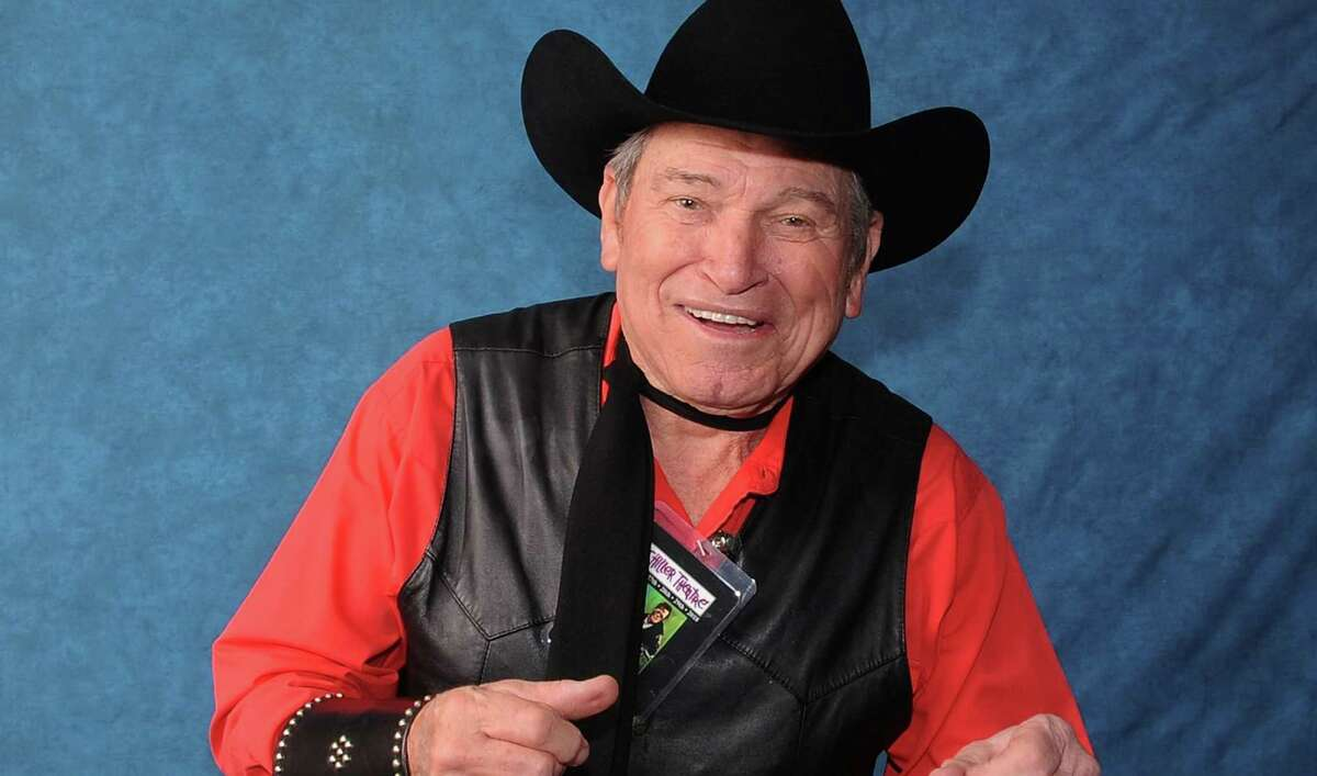 """Actor Burton Gilliam, who played Lyle in the Mel Brooks' movie """"Blazing Saddles,"""" will take part in Celebrity Fan Fest."""