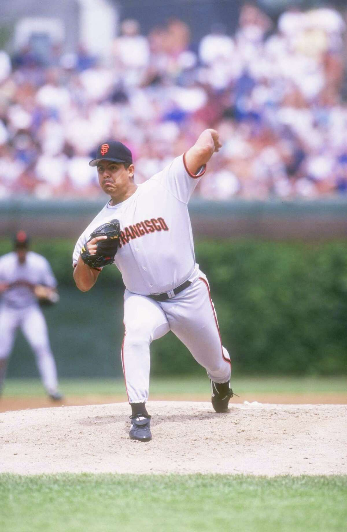 7 Aug 1997: Pitcher Wilson Alvarez of the San Francisco Giants throws a pitch during the Giants 6-3 loss to the Chicago Cubs at Wrigley Field in Chicago, Illinois. Mandatory Credit: Jonathan Daniel /Allsport