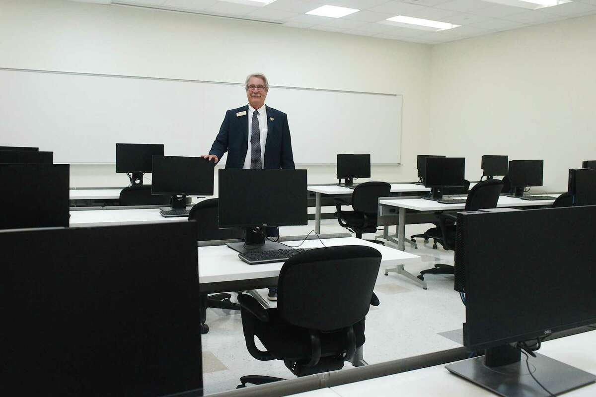 Kevin Morris, dean of business and technology at San Jacinto College's South Campus, says the new cloud computing associate degree program starting this fall at the campus will fill a crucial need in a rapidly expanding field.