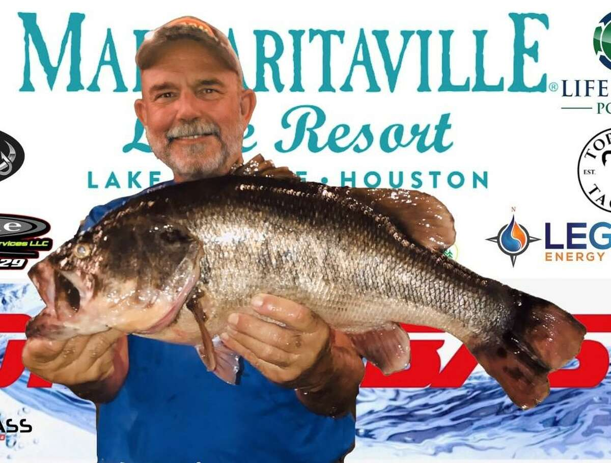 Mickey Mueller weighed in the big bass at the CONROEBASS Tuesday Tournament with a weight of 10.54 pounds.