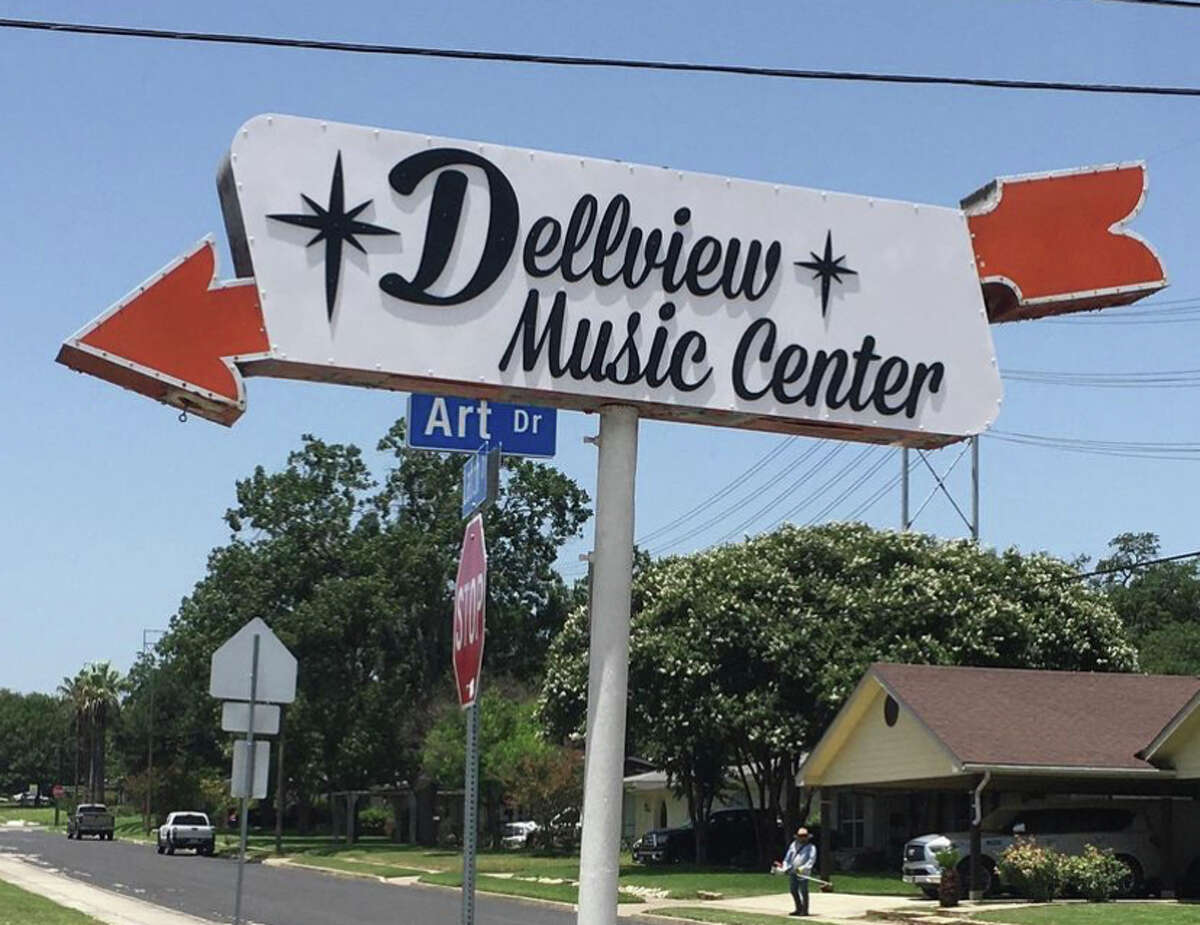 The new Dellview Music Center sign by James Huizar.