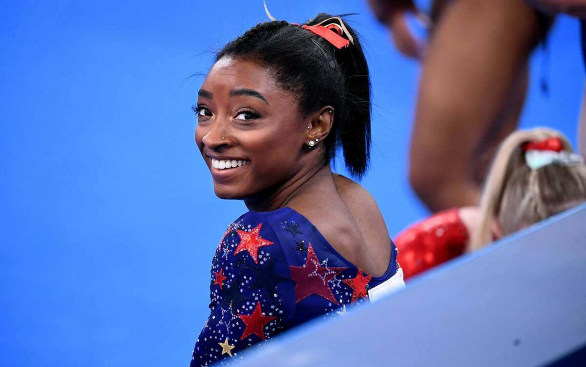 USA's Simone Biles smiles in between sessions in the women's team qualifying at the 2020 Tokyo Olympics on July 24, 2021. (Wally Skalij/Los Angeles Times/TNS)
