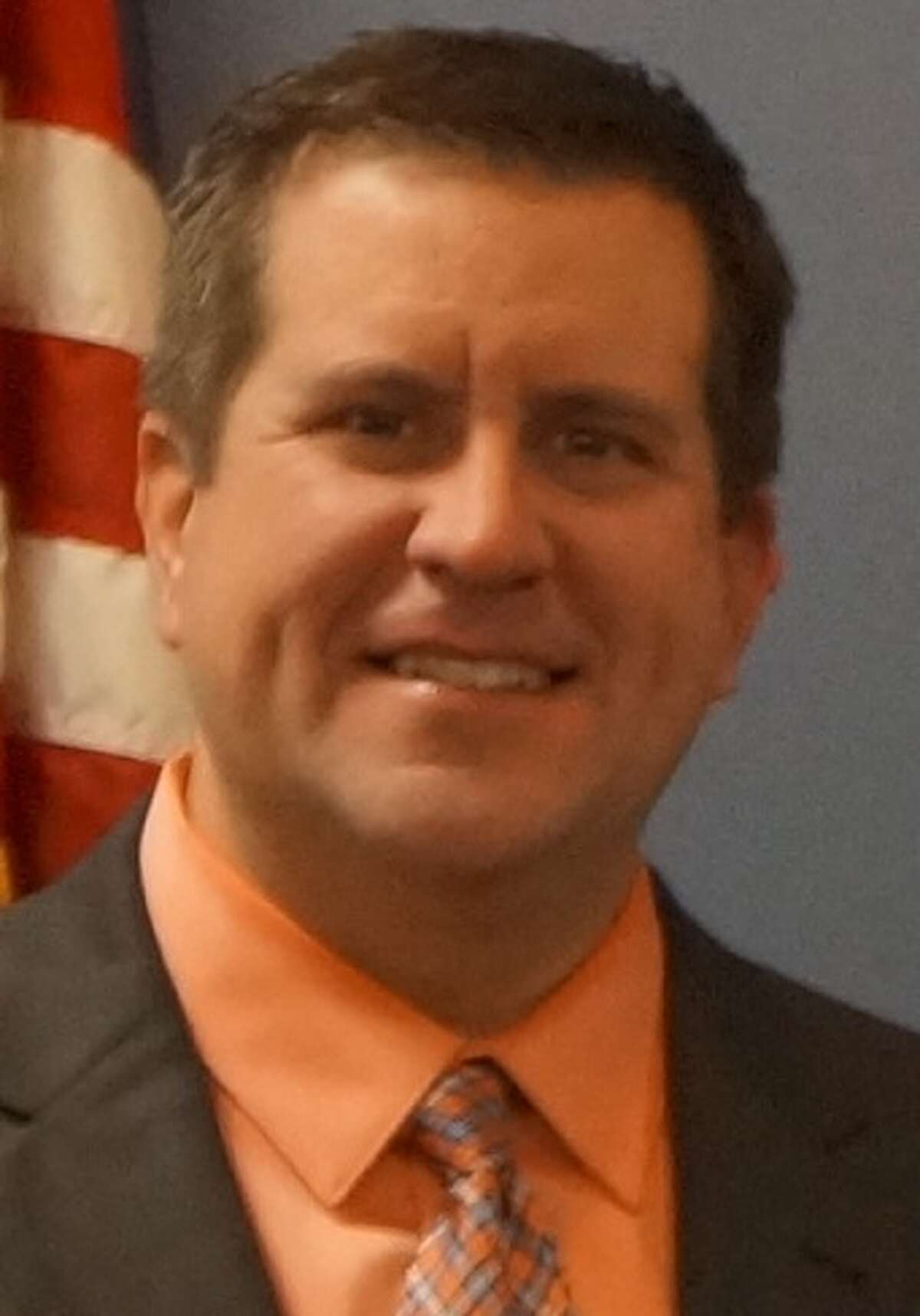 Friendswood ISD plans to progressively introduce standards-based grading, adding one grade per year until fifth graders are put on that standard in the 2025-2026 school year, board president Tony Hopkins says.