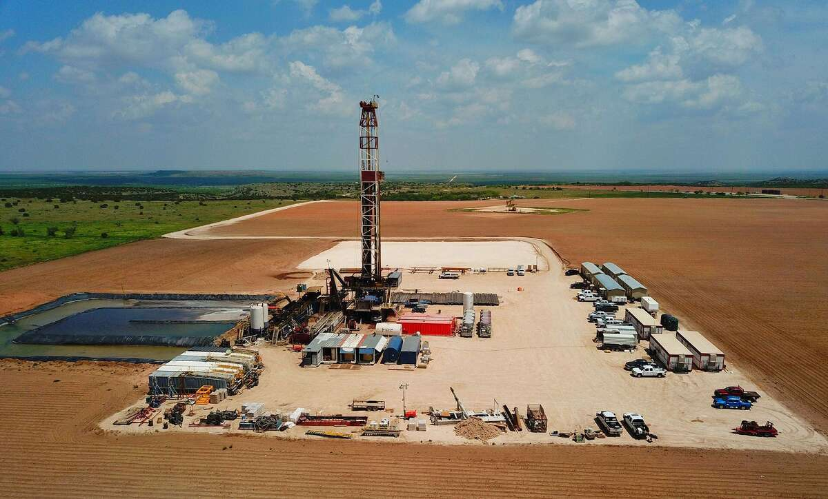 Executives at Grenadier Energy, with a financial commimtment from EnCap, has launched Grenadier Energy III to look for unconventional resource opportunities.