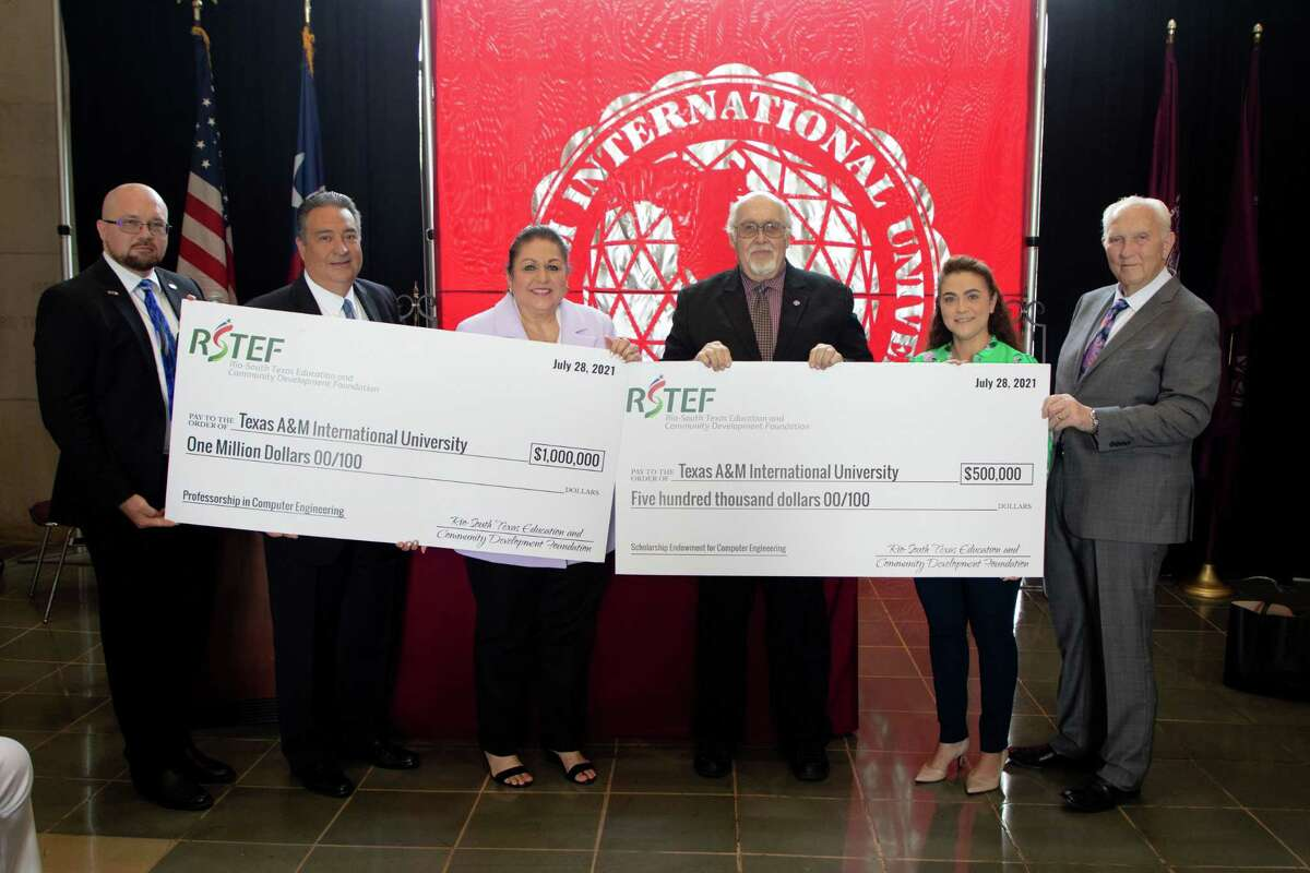 Representatives of the Rio-South Texas Education and Community Development Foundation visited TAMIU Wednesday to present a new $1.5 million Endowment that will fund a Professorship in Computer Engineering and a Computer Engineering Scholarship Endowment respectively. L to R are Matt Ruszcak, Foundation vice president for Economic Development; Adam Gonzalez, Foundation senior vice president for Business Development; Patricia Beard, Foundation CEO; Dr. Pablo Arenaz, president, TAMIU; Dr. Claudia San Miguel, dean, TAMIU College of Arts and Sciences, and James E. Moore, chairman of the Foundation Board.