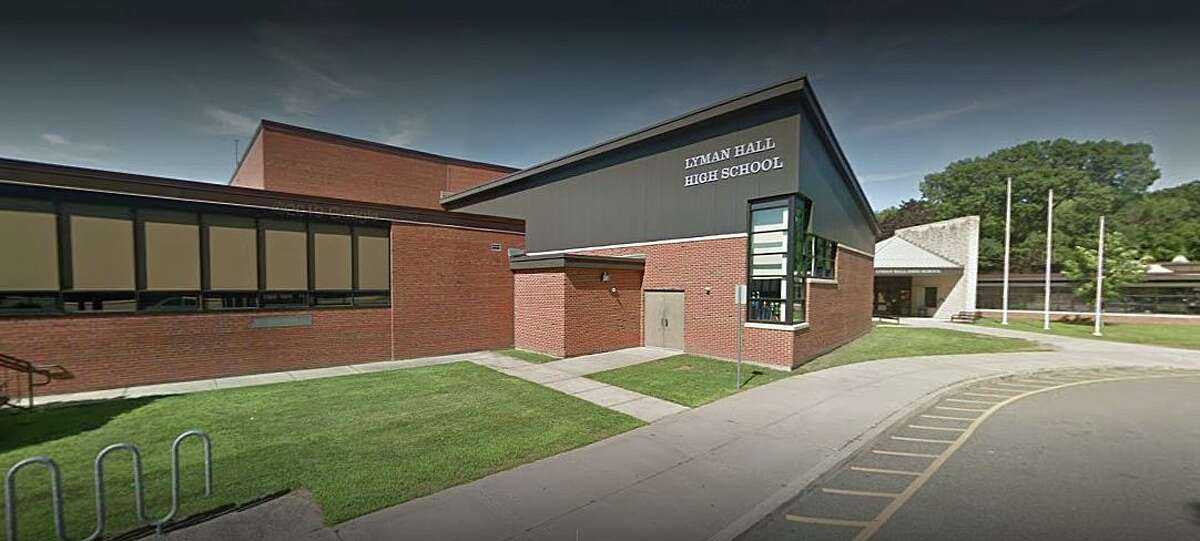 The active shooter training will run from Monday through Friday next week at the Lyman Hall High School on Pond Hill Road in Wallingford.