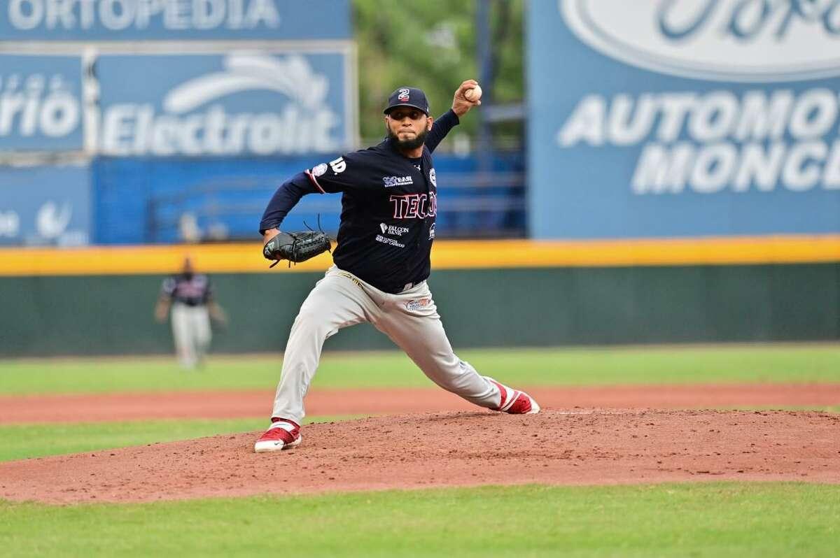 Tecos pitcher Liarvis Breto