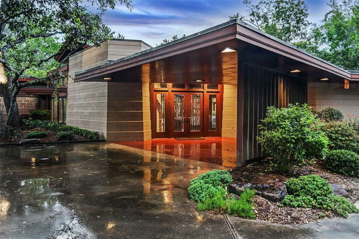 Frank Lloyd Wright's Thaxton House in Houston is currently for sale.