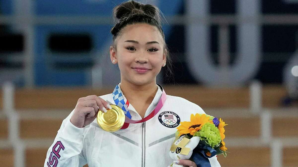 Sunisa Lee of the United States made history inwinning the women's all-around final Thursday in Tokyo.