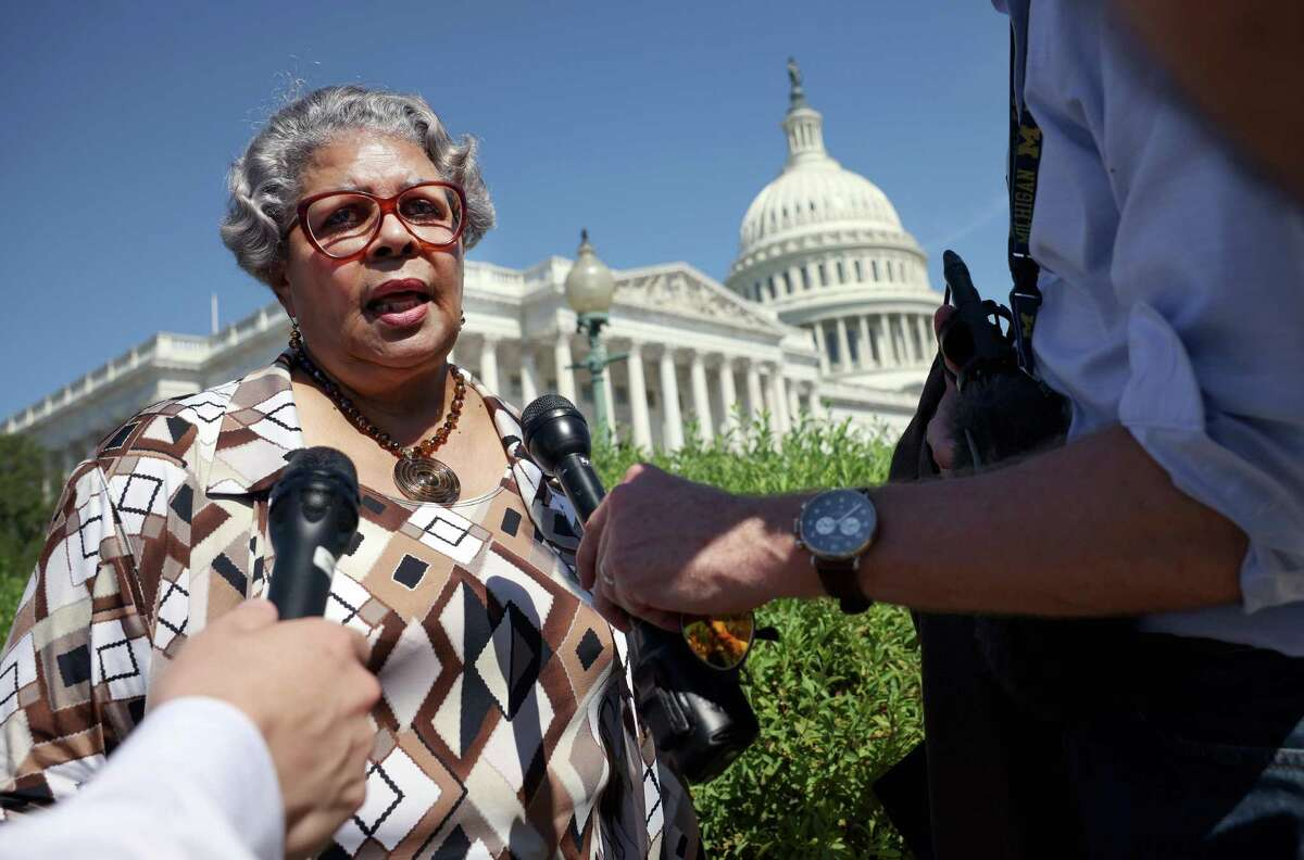 WASHINGTON, DC - JULY 13: Texas state House Democrat Rep. Senfronia Thompson (TX-141) speaks to members of the media at a news conference on voting rights outside the U.S. Capitol on July 13, 2021 in Washington, DC. More than sixty Texas House Democrats left the state overnight to Washington, DC, in order to block a voting restrictions bill by denying a Republican quorum. Texas Governor Greg Abbott has threatened to arrest the legislators when they returns to the state. (Photo by Kevin Dietsch/Getty Images)