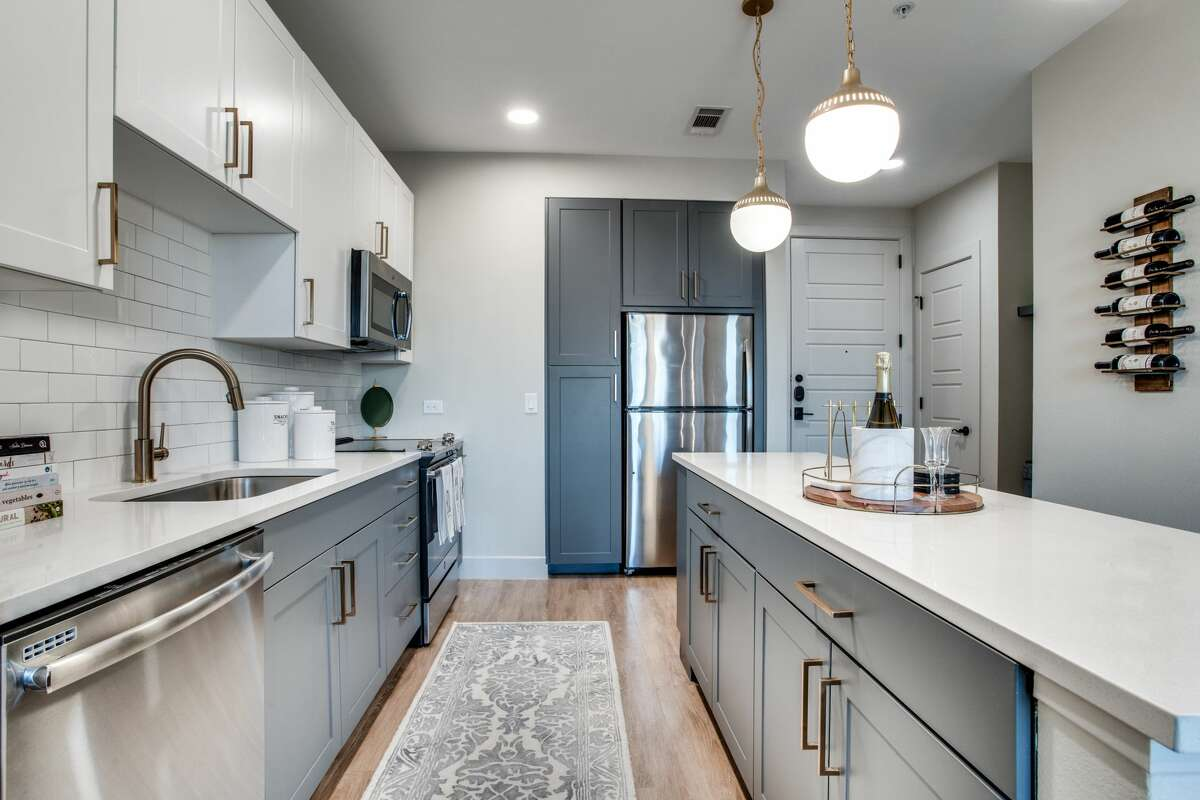Barvin purchased the 302-unit Novel at Bishop Arts apartments at 111 W. Davis St. in Dallas. Units have stainless steel appliances, quartz countertops and modern finishes.