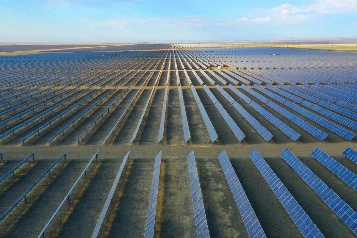 A solar farm near the town of Lemoore in the San Joaquin Valley of California.