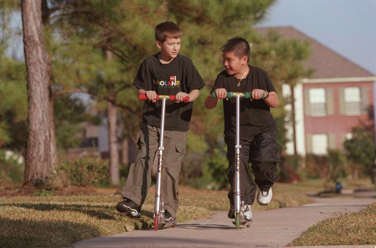Children who roam on their own feel more confident navigating in adulthood.