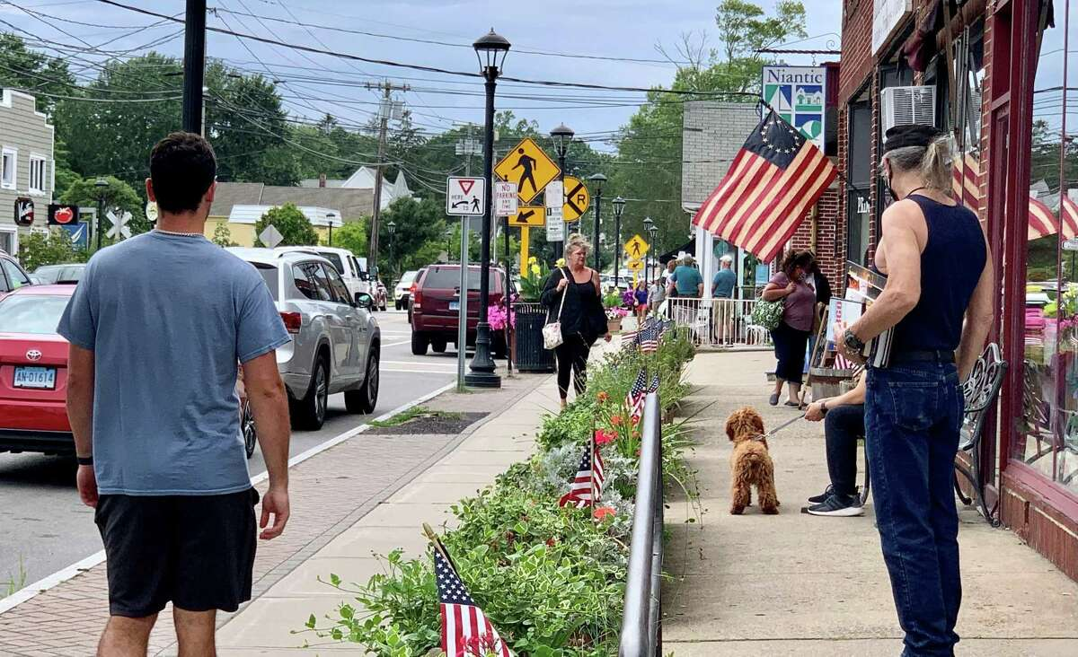 The scene on Route 156 in Niantic on Thursday as the state Department of Public Health recommended for everyone to start wearing masks indoors in three Connecticut counties, including New London, due to an increased COVID spread.