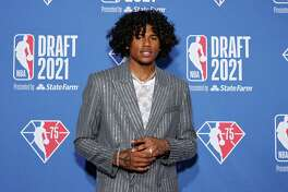 NEW YORK, NEW YORK - JULY 29: Jalen Green poses for photos on the red carpet during the 2021 NBA Draft at the Barclays Center on July 29, 2021 in New York City.