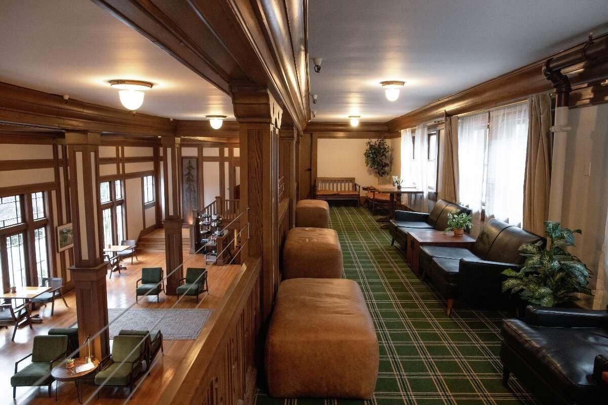 Scotia Lodge's elegant interior.