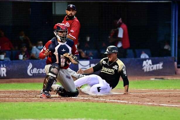 The Tecolotes Dos Laredos fell to the Acereros de Monclova 11-3 on Thursday.